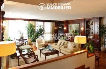 ventes immobilieres rosas espagne: villa ref.2786, vue sur le salon avec des rangements