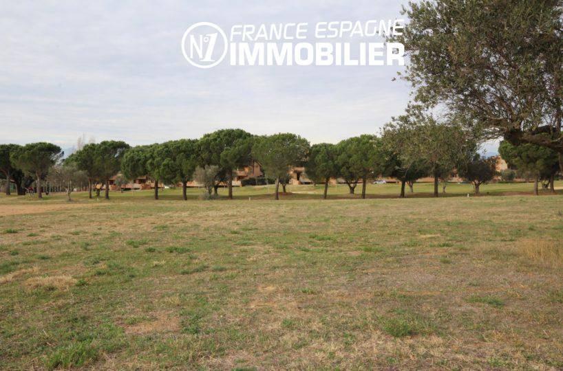 terrain de 2513 m² constructible dans quartier résidentiel proche figueres | ref.3338