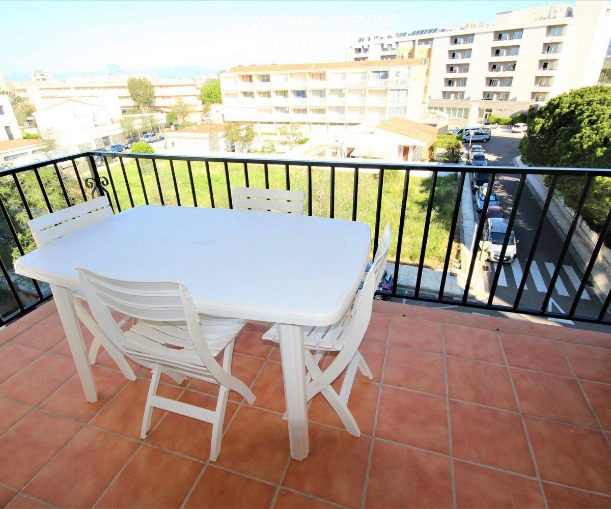 achat appartement rosas, plage à 100 m, séjour avec terrasse, 2 chambres
