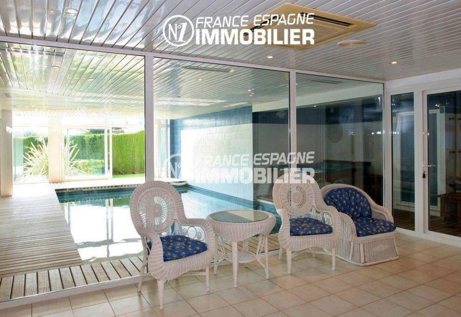 immo center roses: villa ref.2786, espace détente près de la piscine et du sauna