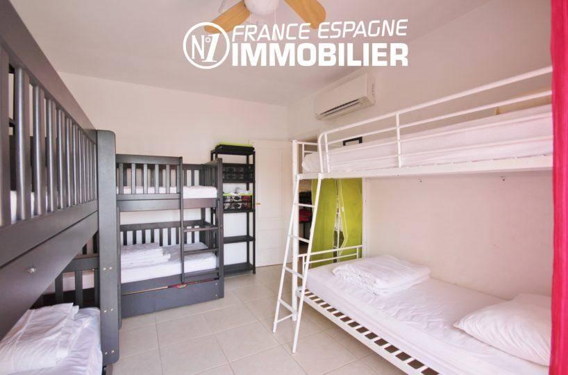 vente immobilière costa brava: villa 179 m², chambre 3 aménagé avec lits superposés 6 couchages