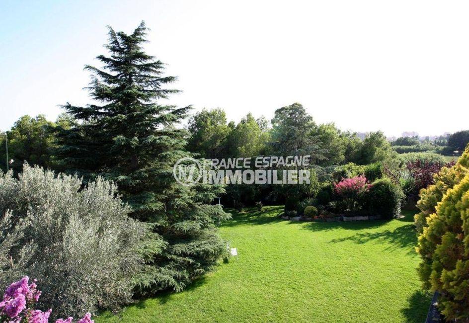 maison a vendre espagne bord de mer, ref.2786, magnifique jardin arboré et bien entretenu