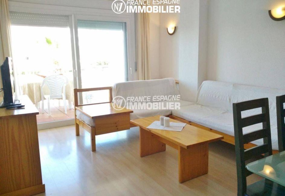 vente appartement rosas, ref.3301, aperçu séjour avec accès à la terrasse