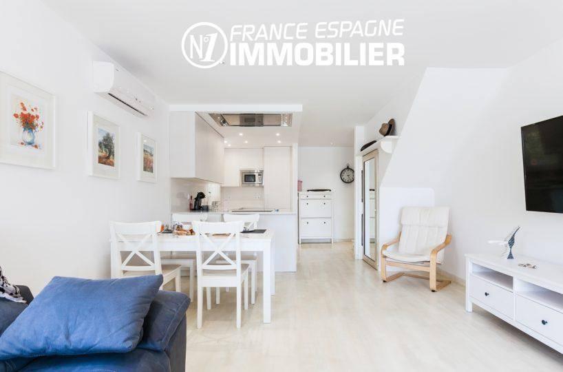 immobilier empuria brava: villa ref.3305, aperçu salle à manger et cuisine américaine