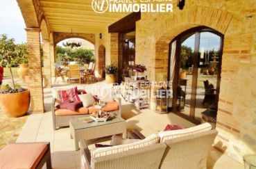 maison a vendre espagne costa brava, ref.936, terrasse avec accès salon