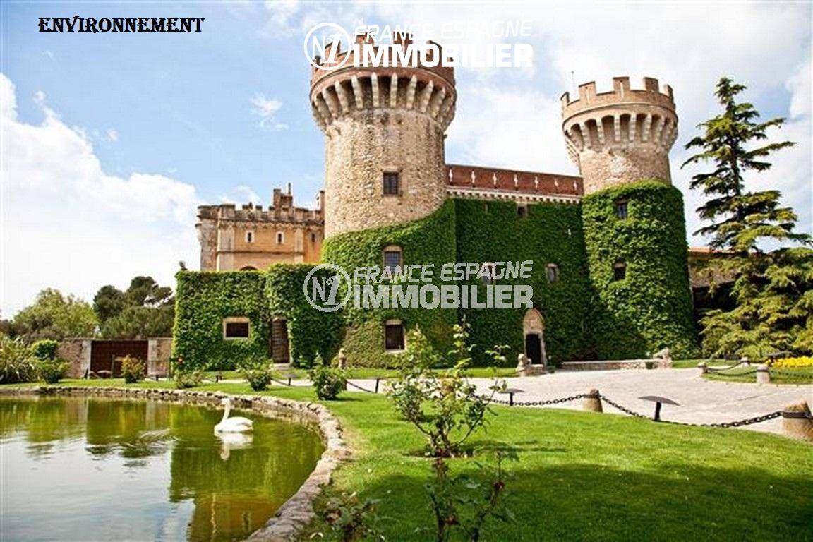 aux environs: le festival international de musique castell de peralada, le musée & bibliothèque ouverts au public