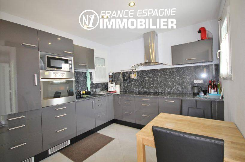 immobilier empuriabrava: villa ref.911, cuisine américaine aménagée