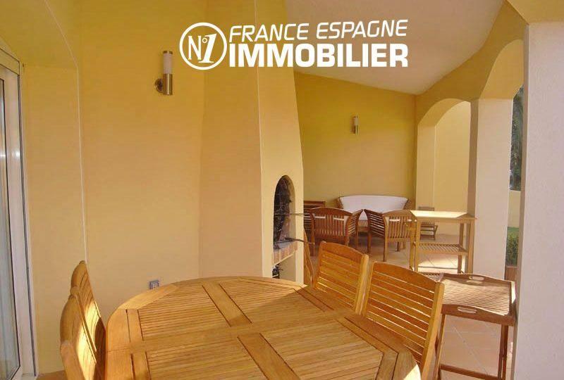 vente immobiliere espagne: villa 200 m², vue canal, amarre, solarium & piscine