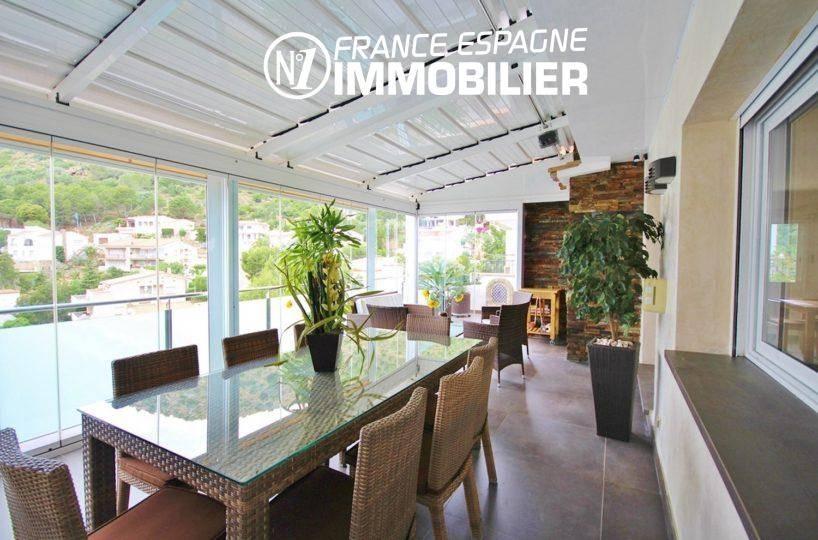 agence immo roses espagne: villa ref.1031, terrasse avec coin repas et détente
