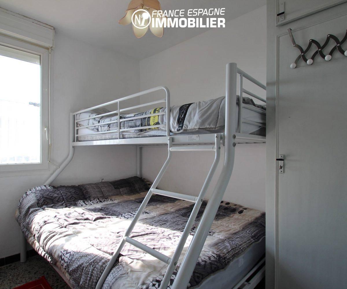 immobilier empuriabrava: appartement ref.3363, seconde chambre à coucher avec lits superposés
