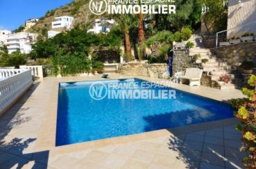 roses immobilier: villa ref.1924, aperçu de la parcelle de 886 m² avec piscine