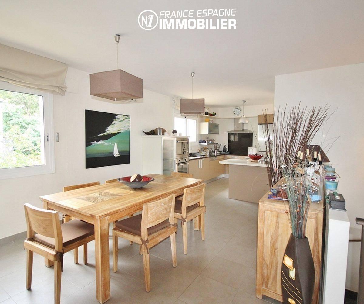 agence immobilière roses: villa ref.1031, salle à manger ouverte sur la cuisine