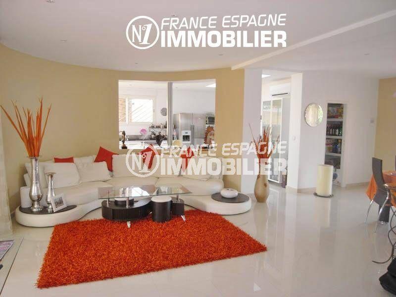 maison a vendre costa brava, 200 m², 2 suites parentales + 2 appartements