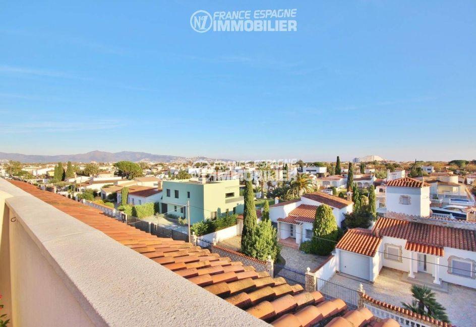 immobilier costa brava: appartement ref.3321, vue dégagée depuis la terrasse de 22 m²