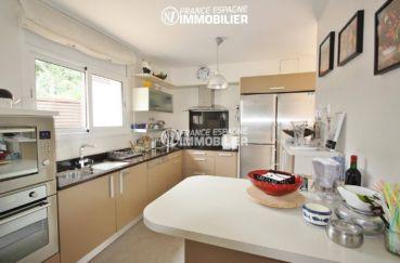 agence immobilière roses espagne: villa ref.1031, cuisine américaine avec accès terrasse