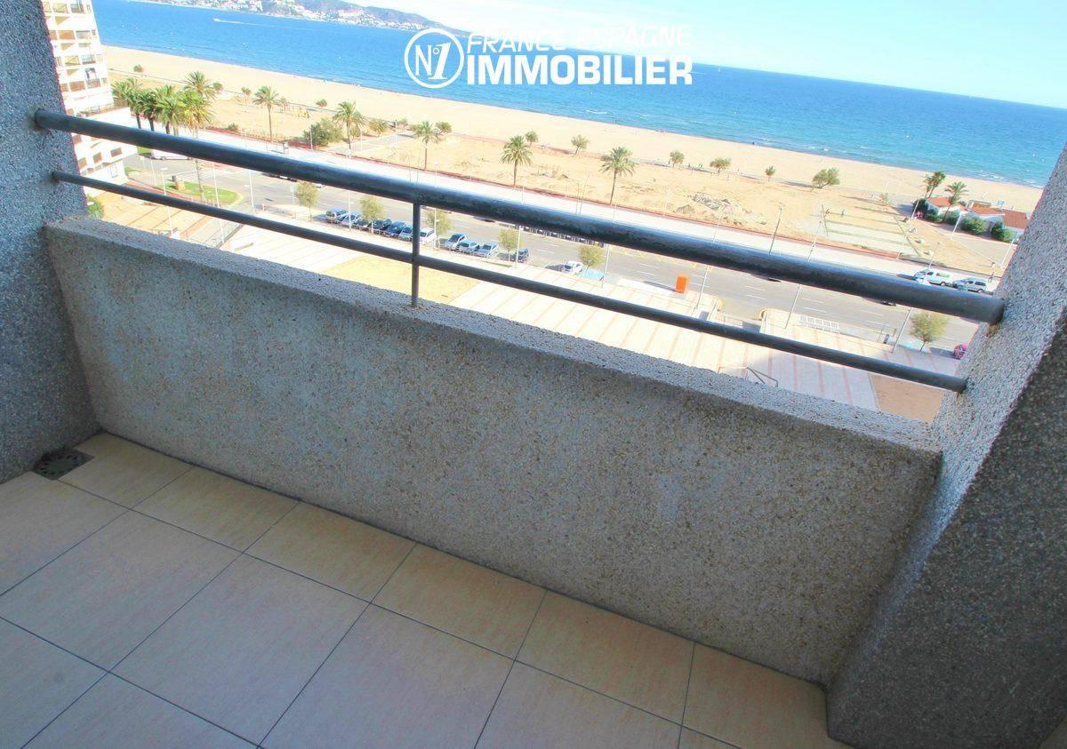 Appartement à Empuriabrava, proche plage, magnifique vue mer