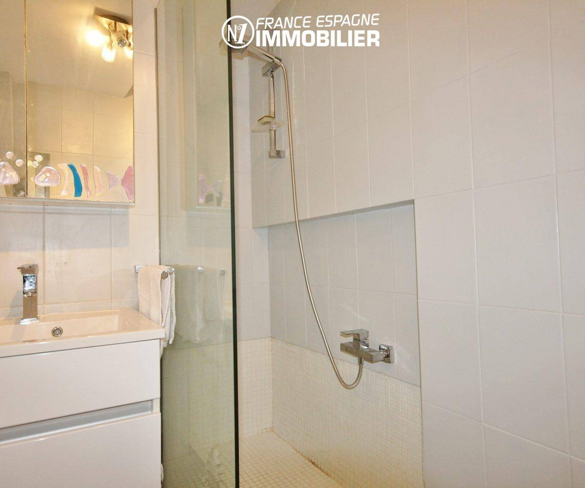appartement costa brava,  ref.3335, salle d'eau