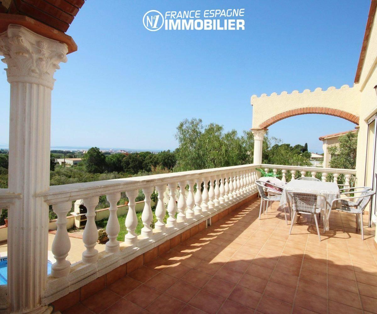 maison a vendre rosas vue mer, ref.730, vue sur la terrasse à l'étage
