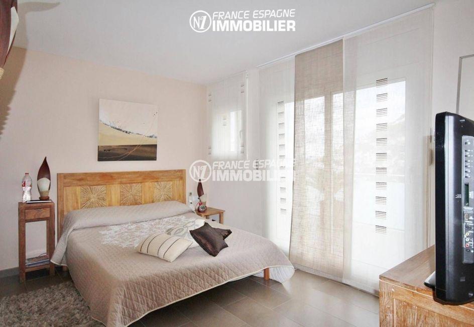 roses espagne: villa ref.1031, deuxième chambre avec un lit double