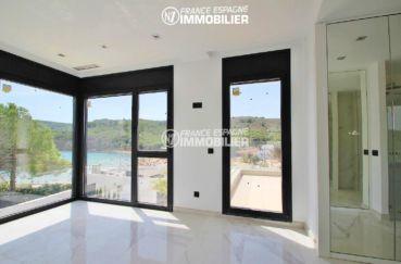n1immobilier: villa ref.3268, suite parentale avec dressing et accès terrasse vue mer