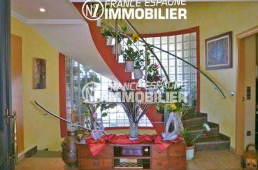 vente maison espagne costa brava, ref.1042, hall d'entrée qui dessert les autres pièces