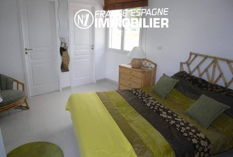 immobilier empuriabrava: villa 200 m² vue canal, amarre 20 m & piscine