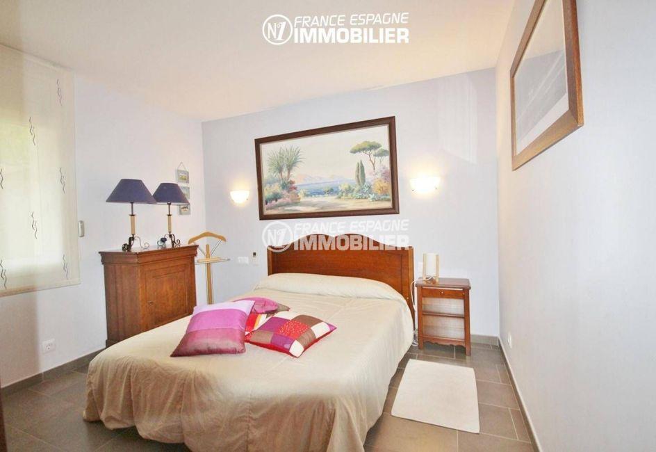 immo center rosas: villa ref.1031, troisième chambre avec lit double et rangements