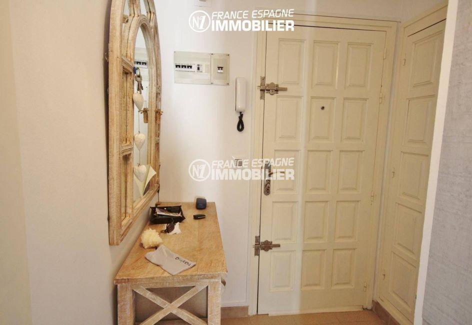 acheter appartement roses,  ref.3335, hall d'entrée de l'appartement