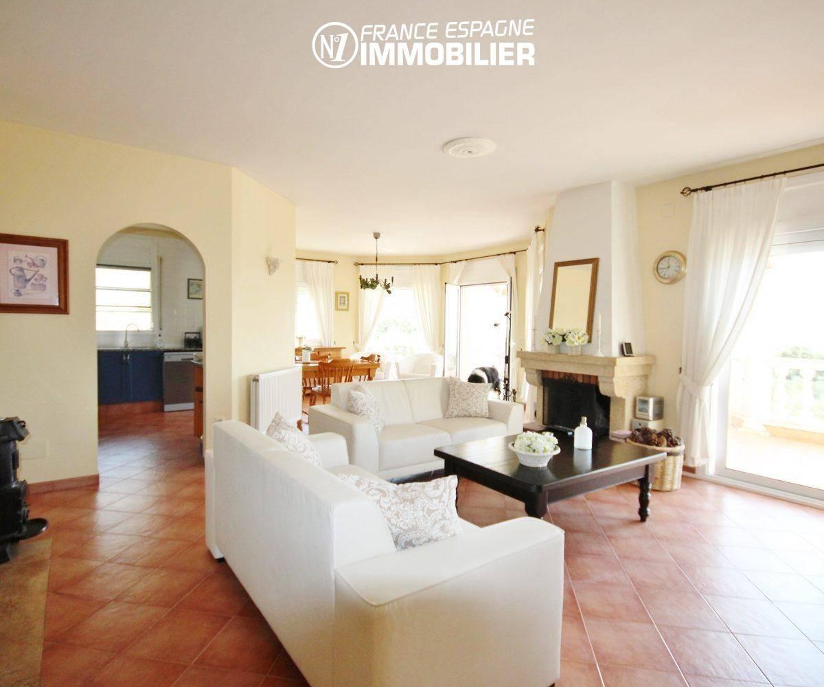 agence immobilière roses: villa ref.730, séjour avec terrasse vue mer