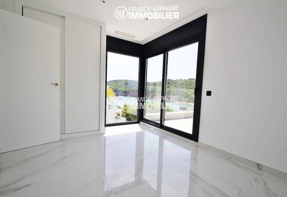 achat maison espagne costa brava, ref.3269, suite parentale avec accès terrasse vue mer