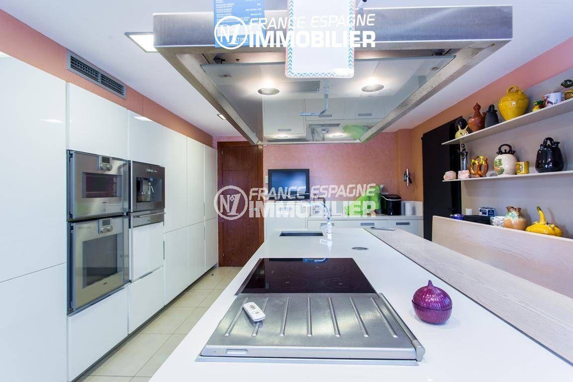 agence immobiliere rosas santa margarita: villa ref.3220, électroménagers haute de gamme
