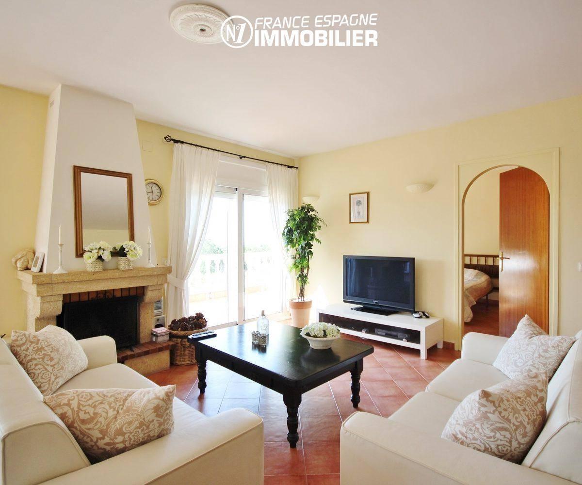 vente immobiliere rosas: villa ref.730, vue séjour à l'étage, vue mer