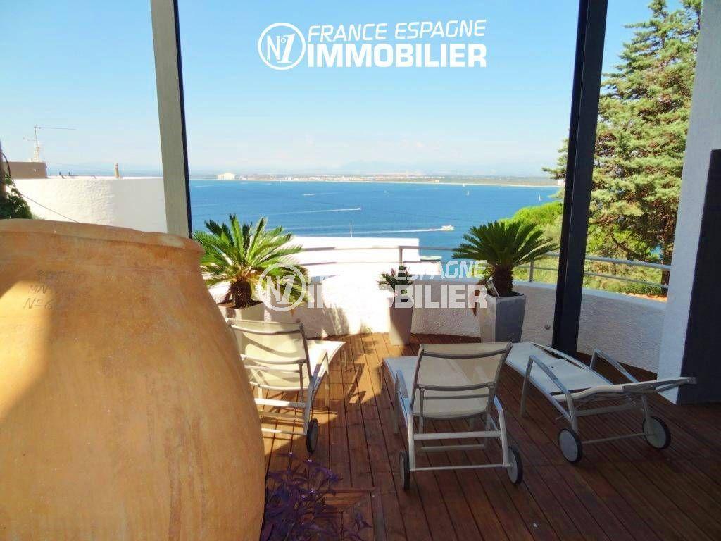 rosas en espagne: villa ref.312, aperçu de la terrasse, coin détente, vue mer
