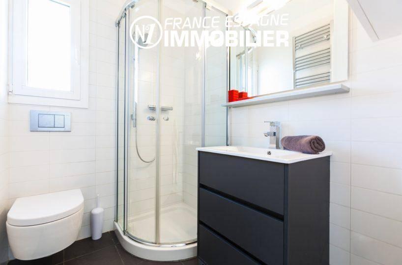 immobilier costa brava: villa ref.3305, seonde salle d'eau (pour la chambre double)