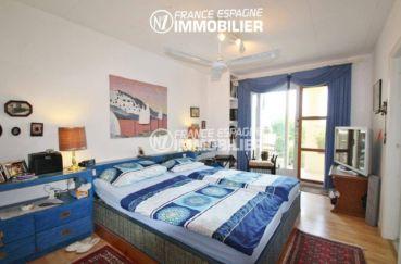 maison a vendre espagne rosas, ref.2606, suite parentale avec l'accès terrasse / jardin