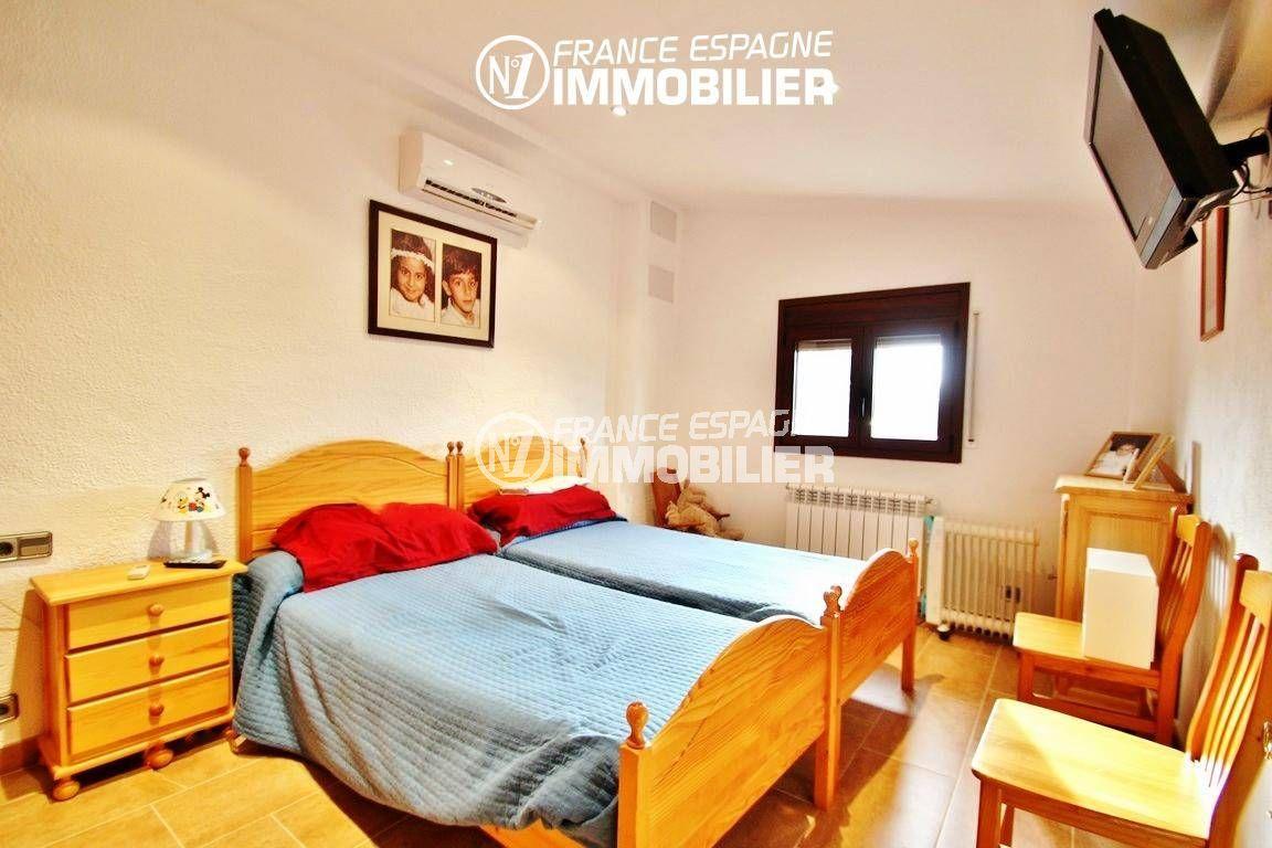 achat immobilier costa brava: villa ref.2772, troisième chambre avec deux lits simples