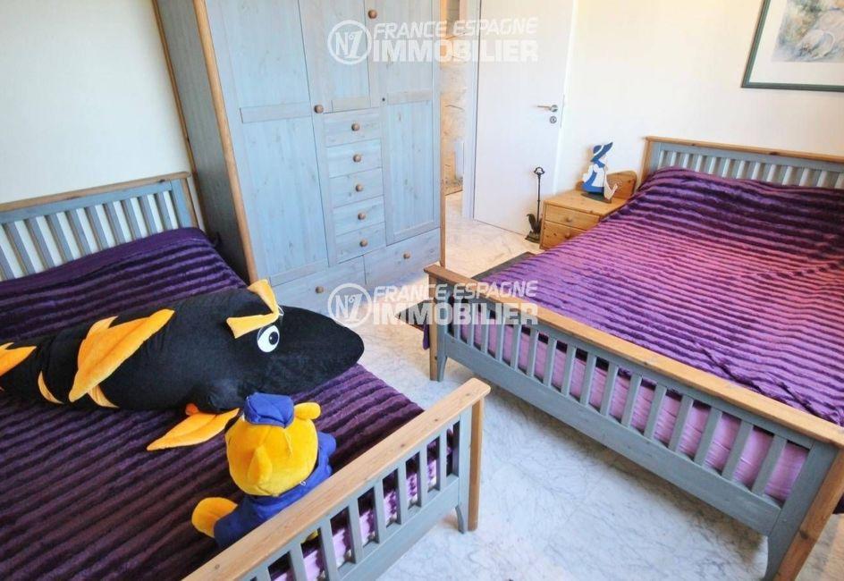 maison a vendre espagne bord de mer, ref.3326, chambre 6 avec 2 lits
