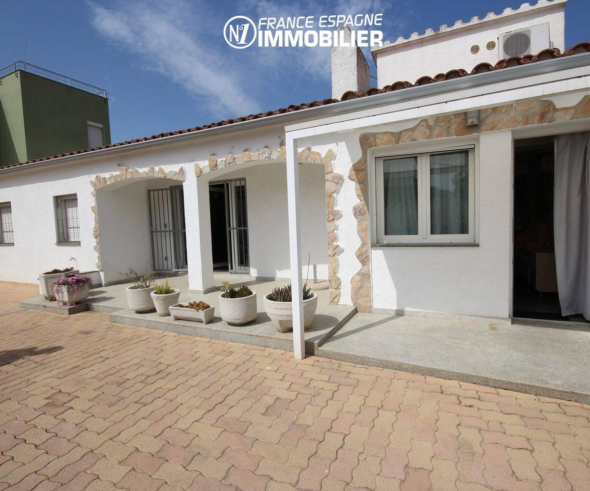 agences immobilières empuriabrava: villa ref.911, première villa (80 m² construit)