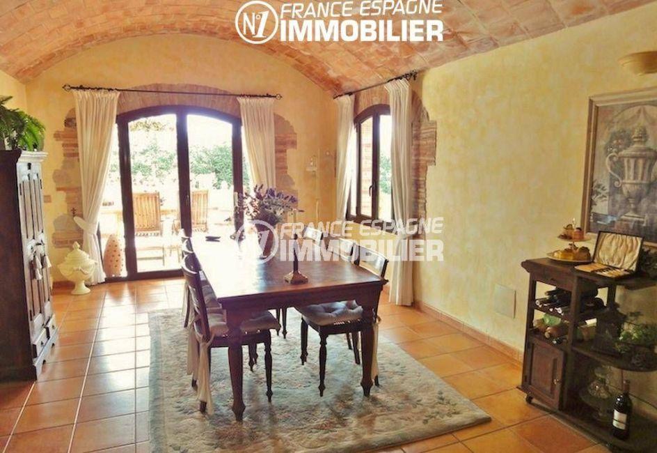 vente immobilière costa brava: villa ref.936, salle à manger avec accès sur le jardin