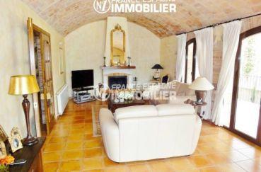 vente maison costa brava, ref.936, salon / séjour avec accès sur la terrasse