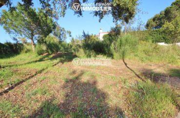 immo roses: terrain constructible pour villa de 370 m² sur 2 niveaux, parcelle de 824 m²