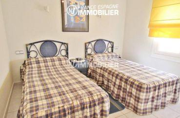 achat appartement rosas, 80 m², deuxième chambre avec 2 lits simples