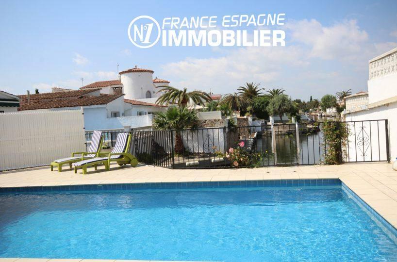 agence immo empuriabrava, vend villa standing vue canal, amarre & piscine