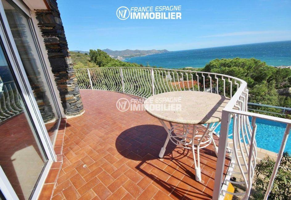 agence immobilière llanca: vente villa 152 m², ref.3399, vue sur la piscine et la mer