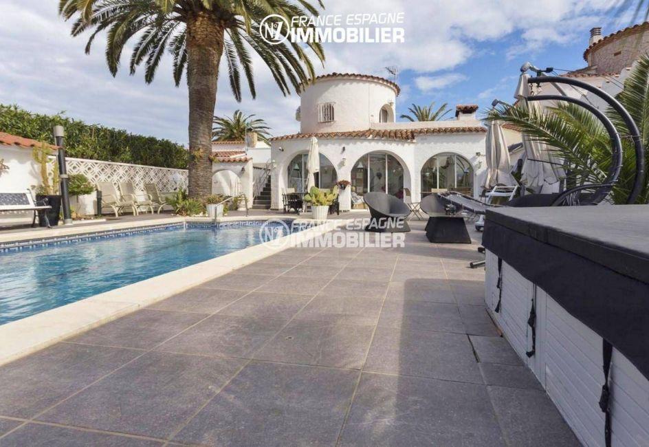 immobilier costa brava: villa ref.3405, aperçu terrasse, piscine et veranda