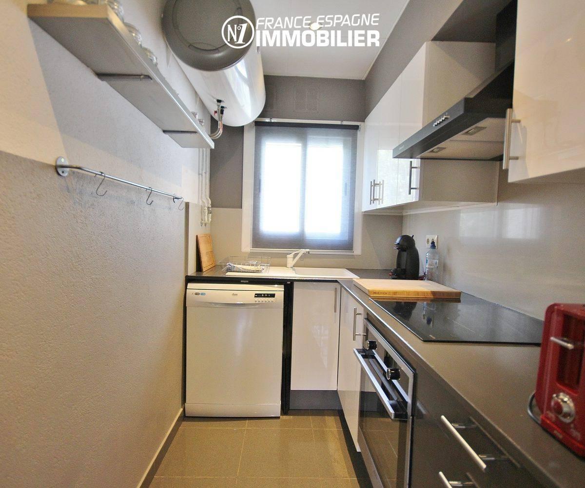 agence immobiliere costa brava: appartement ref.3425, cuisine indépendante aménagée