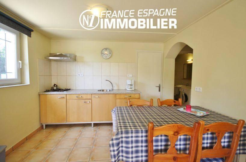 ventes immobilieres rosas espagne: villa ref.3402, coin cuisine aménagée avec rangements