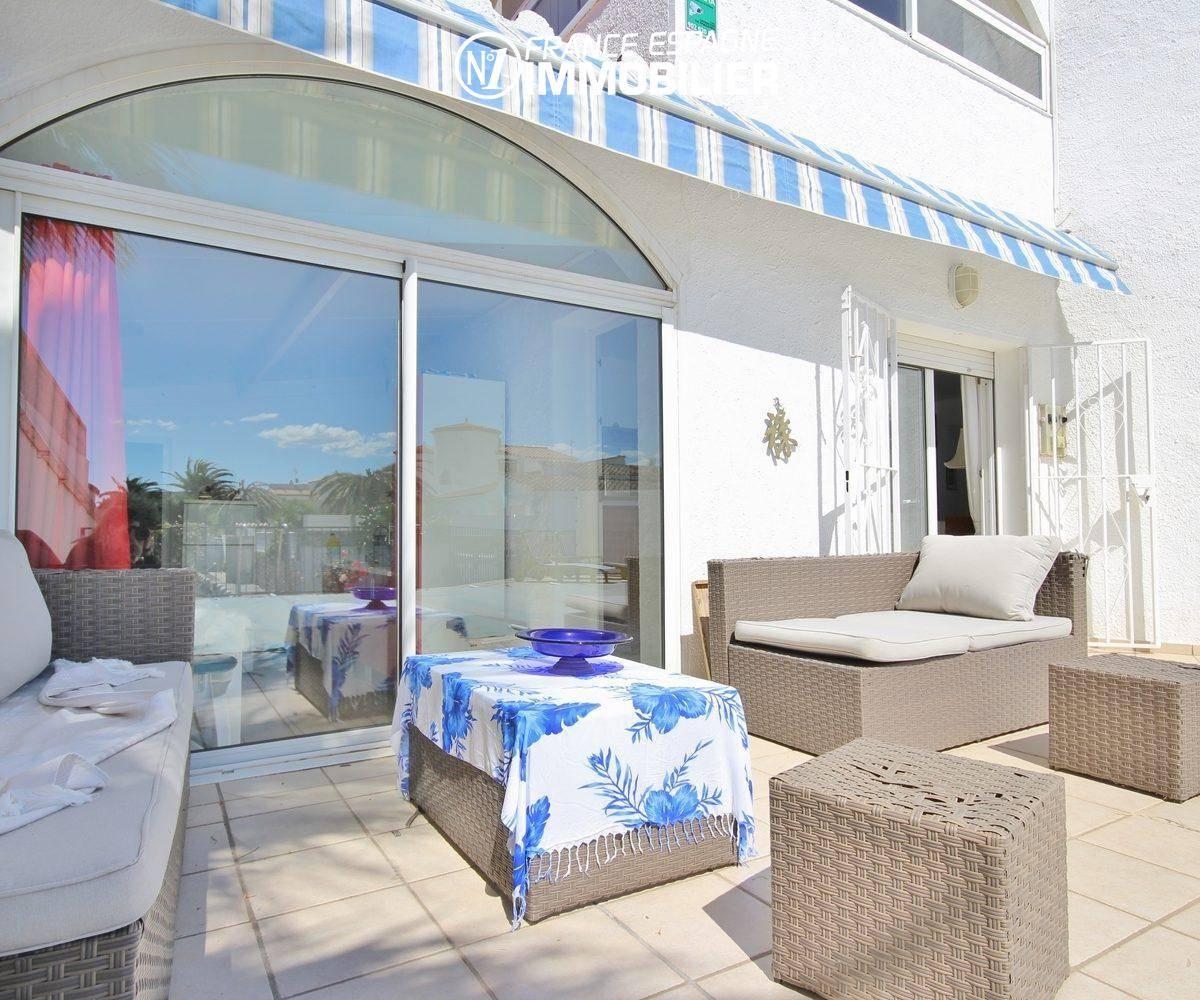 maison a vendre empuria brava, standing vue canal, amarre & piscine