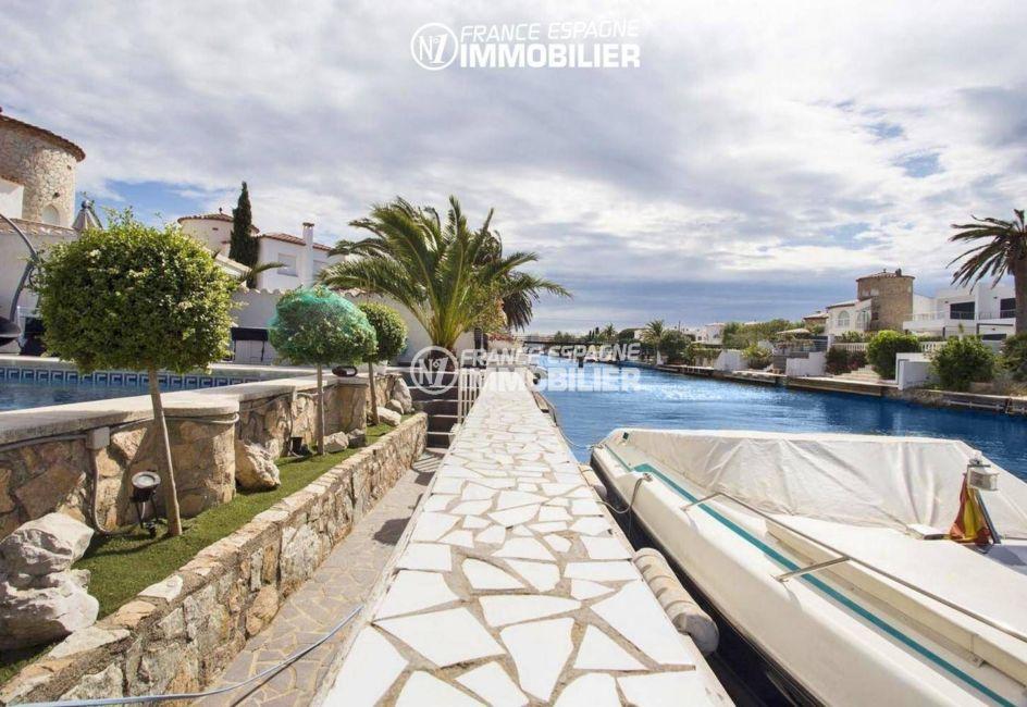 immobilier empuriabrava: villa ref.3405, vue sur le canal et amarre 12,5 m
