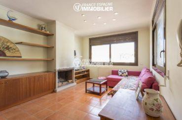 maison a vendre espagne bord de mer, ref.3415, salon / salle à manger avec une cheminée